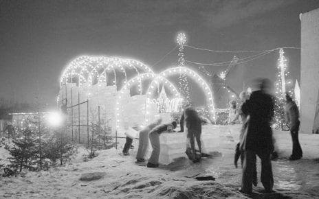 Décorations de Noël au Parc Angrignon. Ville LaSalle (1977)