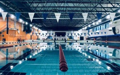 les couloirs de natation à l'Aquadôme de Montréal