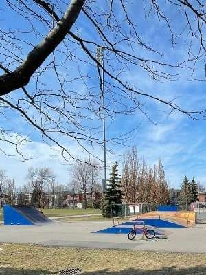 Les modules de skate et BMX au parc Raymond à LaSalle
