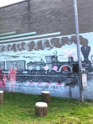 Murale de la rue Notre Dame à Lachine : la gare