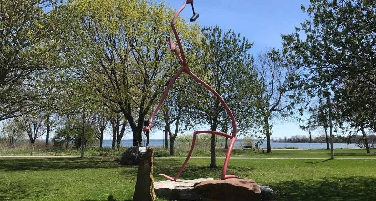 Verdun bord du fleuve, sculpture du forgeron