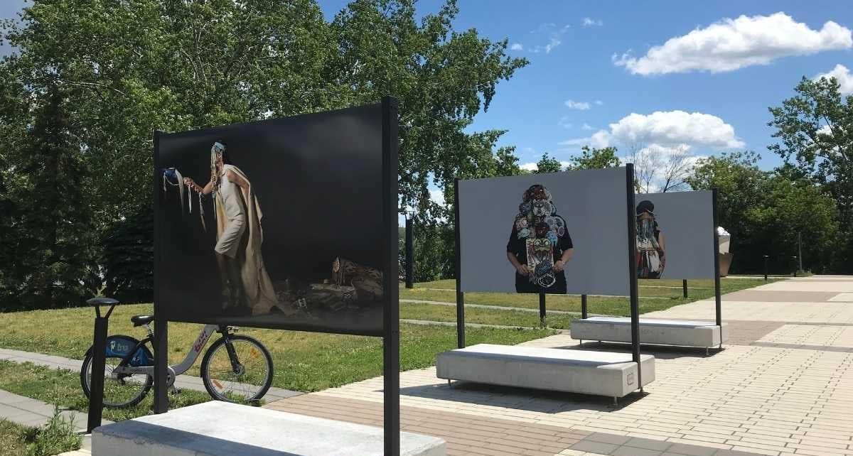 Exposition d'art autochtone « Un fleuve coupe la roche »