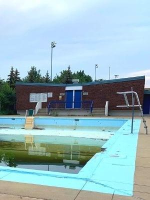 piscine du parc Raymond