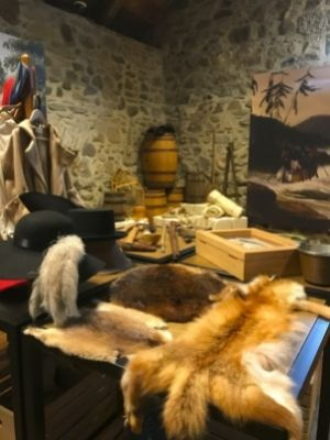 Annexe de la Maison Le Ber-Le Moyne avec de nombreux objets liés au commerce de la fourrure