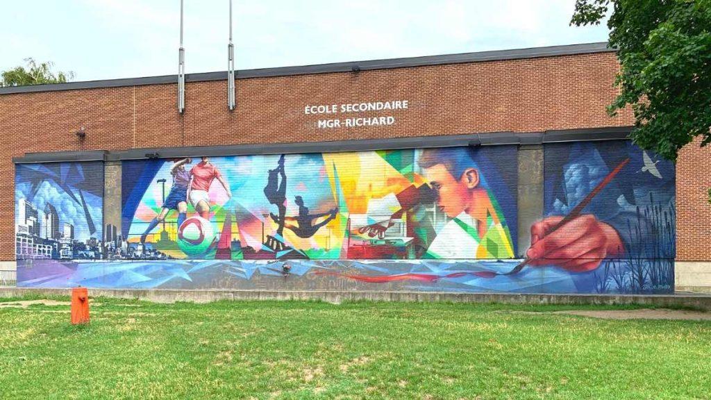 Les rives de l'envol (2016, ASHOP) - Murale de l'école secondaire Monseigneur-Richard à Verdun